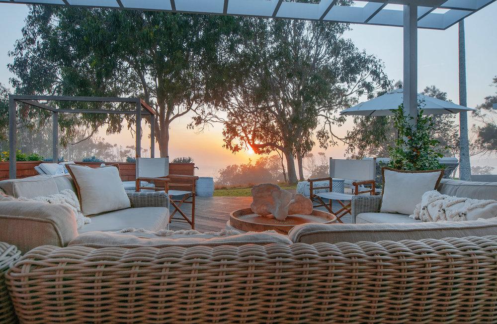 Barellen-2f-Beach-Side-Deck---Sofa-Lounge-2018-11-05-04.59.19_filtered.jpg