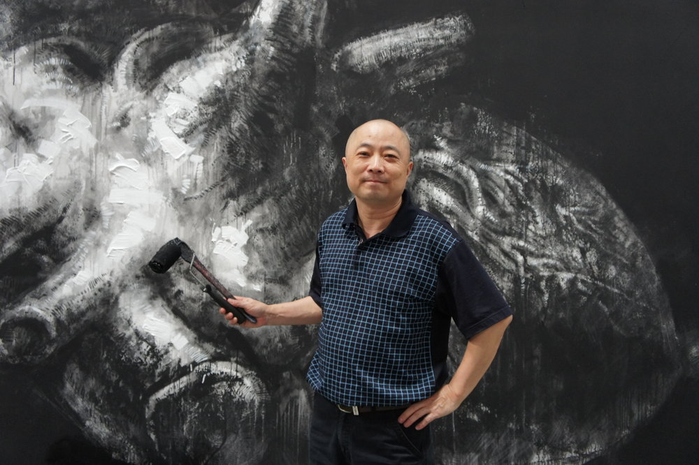 Expressionist realism continues to influence my paintings. I focus on the intersection of the physical, emotional, and intellectual characteristics of people I paint.  -BRIAN ZHENG