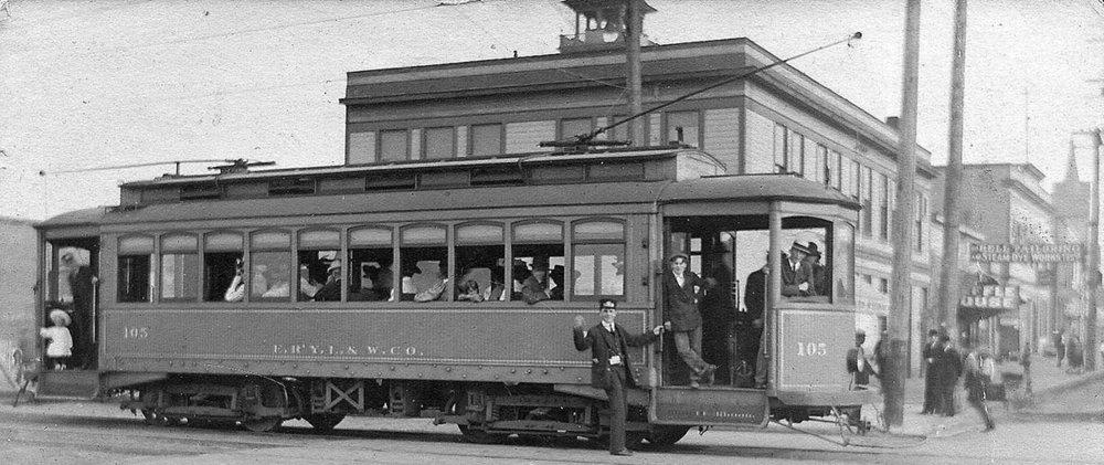 Broadway_Hewitt_streetcar.jpg