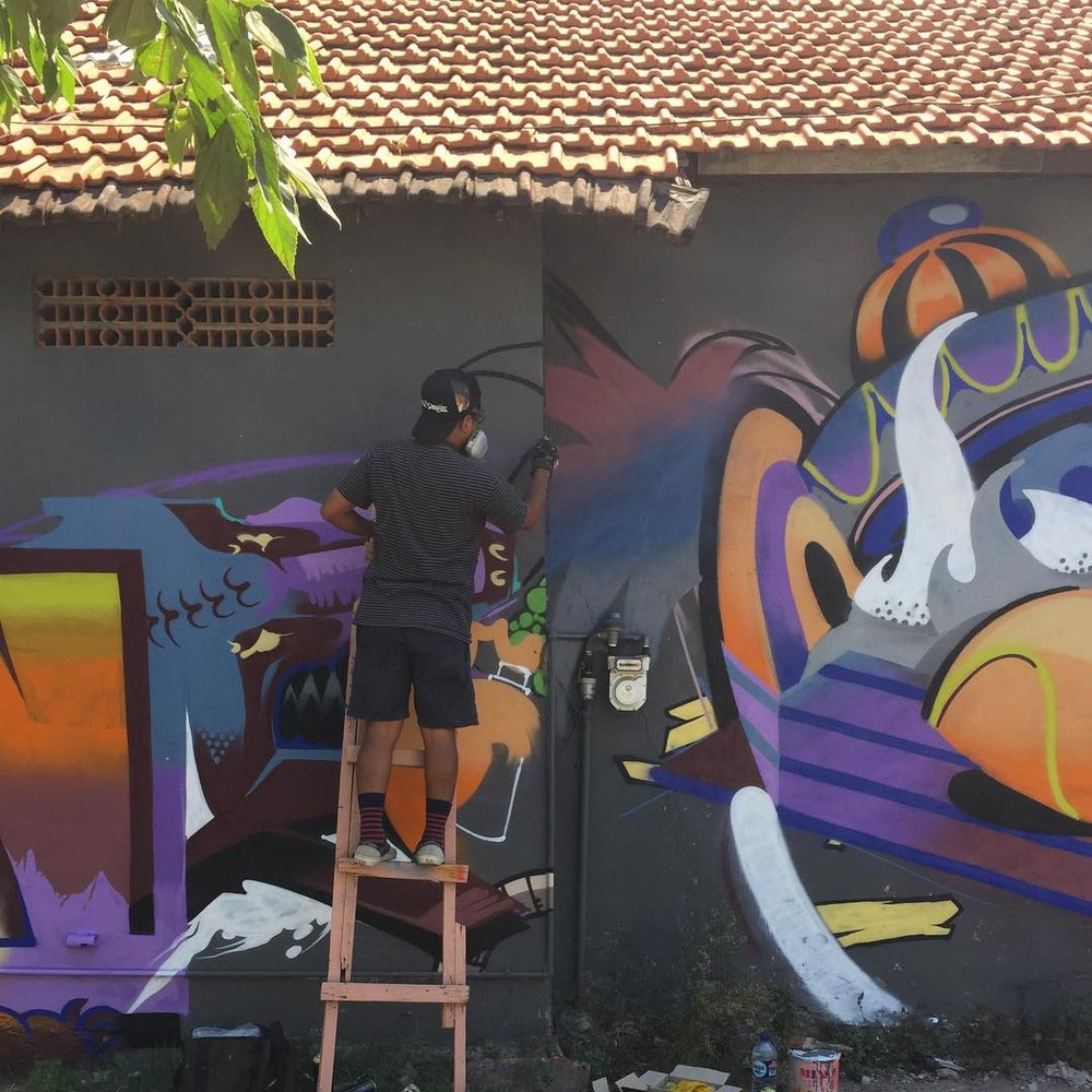 SONG - As a member of the street art collective, RSCLS, SONG uses spray paint to create his works of art. Having decked the walls of Bangkok. Hong Kong and more, he turns his attention to Street Superior to give us a front row seat of the creative at work.