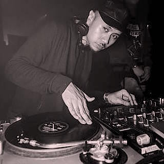 DEEJAY XG (MATTEBLACC) - DeeJay XG's sound selections includes the likes of UK Garage, Modern Dancehall, Trap & Bass Music and not forgetting the fundamentals of Hip Hop music- Boogie, Funk and Disco !
