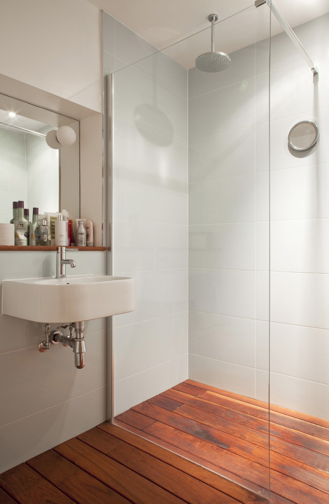slick with shower room with timber floor