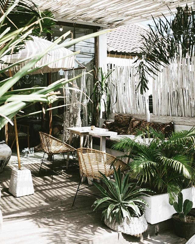 *Inspiration edit*  At Ripple we love to showcase beauty in its most natural form - Embracing everything nature has to offer, in order to create serene beautiful spaces for you to relax, recharge and enjoy -linen, organic cotton, reclaimed wood, macrame, plants, natural dyes and so on 💚 - - - - - #eco #natural #sustainable #linen #organiccotton #linen #naturaldyes #summer2019 #surfingholiday #france #ecoholiday #atlanticcoast #yoga #organic #vegan #recharge #glamping #organicholiday #veganholiday #learntosurf #ocean #surfholiday #veganfood #eco #oceanlovers #ecowetsuits #ecosurfboards #sustainableliving #waves #health #excercise #experienceofalifetime