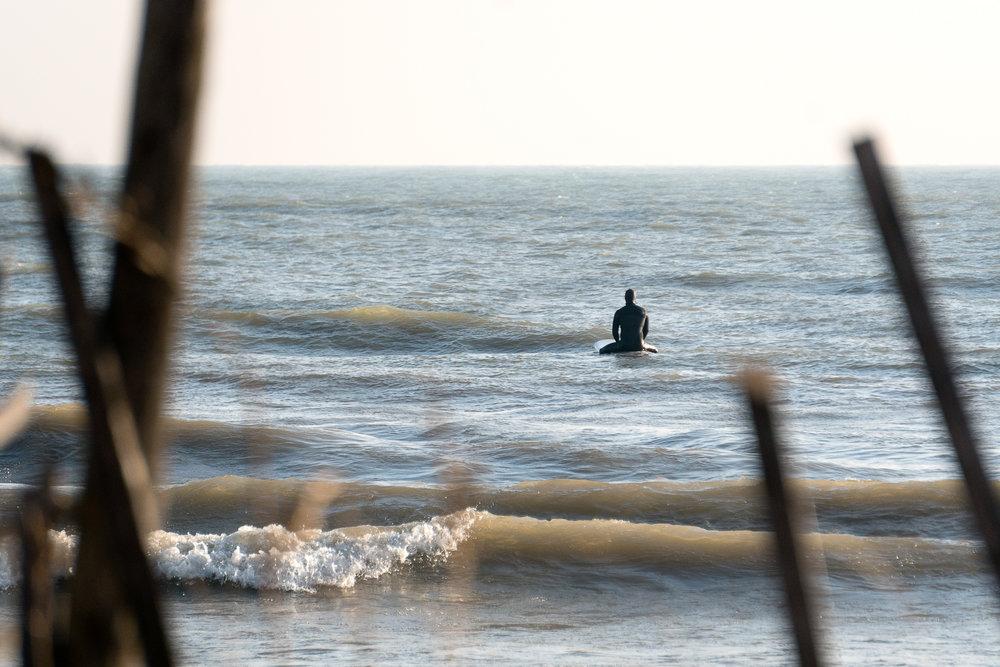 atwater-beach-surfing-milwaukee-herron-DSC08921.jpg