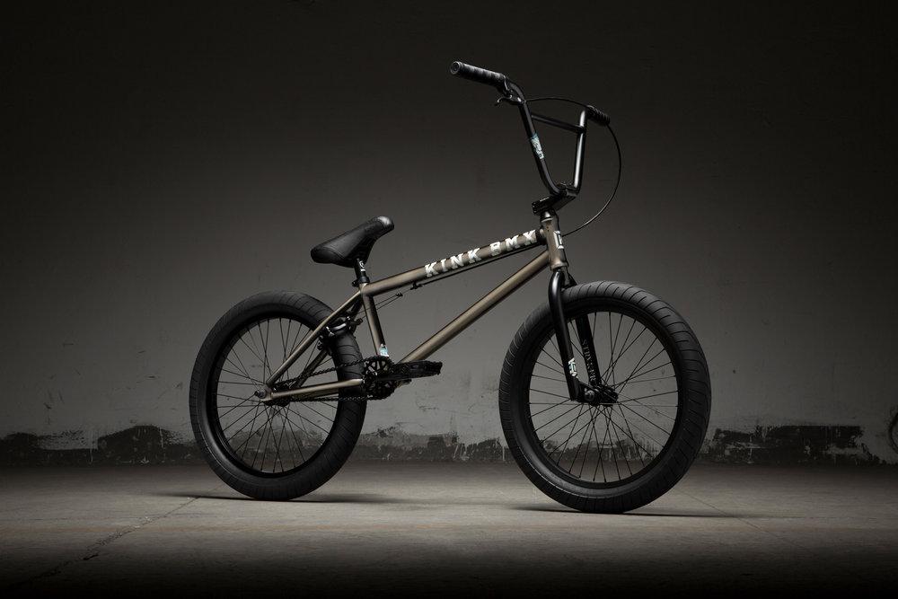 bikes_19_gap_xl_gloss_platinum_black_edge_fade_k440plt19_3q.jpg