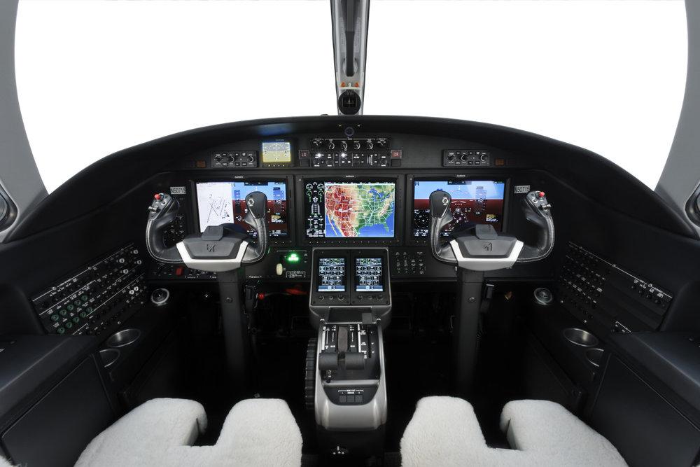 Citation_CJ3_Cock_pit_Light-Jet_Legacy_Aviation_Private_Jet_NetJets_jet_charter_TEB_VNY_MIA_PBI_FRG_SFO_FLL_FXE_BED.jpg