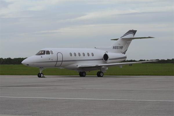 Hawker-800XP_Mid Jet_Exterior-3_Legacy_Aviation_Private_Jet_NetJets_Jet_Charter_TEB_VNY_MIA_PBI_FRG_SFO_FLL_FXE_BED.jpg