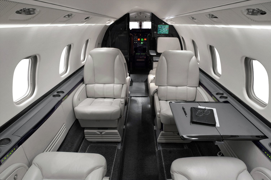 Lear-60_Mid Jet_int-2_Legacy_Aviation_Private_Jet_NetJets_Jet_Charter_TEB_VNY_MIA_PBI_FRG_SFO_FLL_FXE_BED.jpg