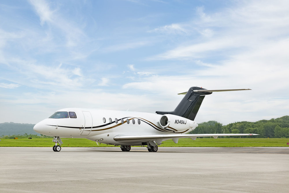 HAWKER4000_LEGACY_AVIATION_GROUP_SUPER_MID_JET