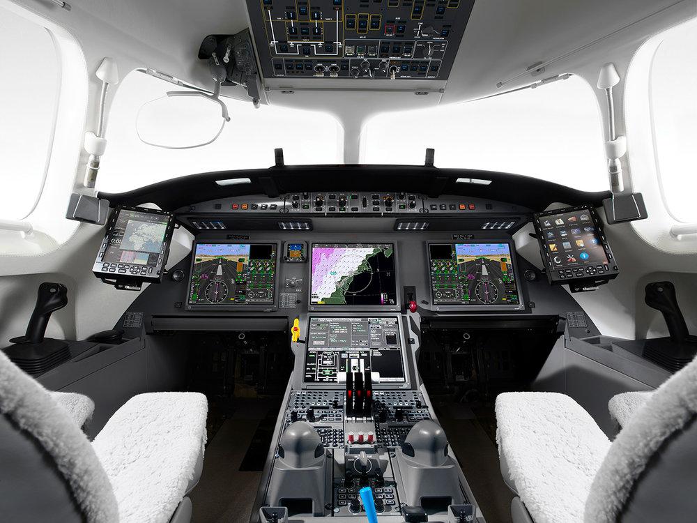 055_Falcon7X_2015USB49.jpg