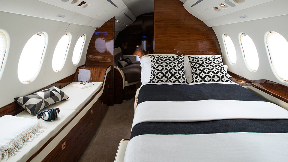 10-Falcon7X_Bed_16-960x540.jpg