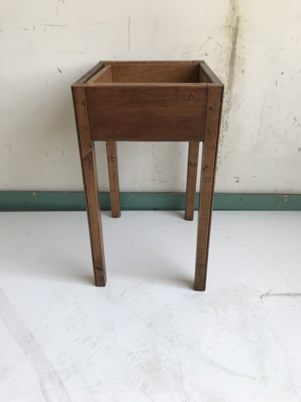 Side Table2.JPG
