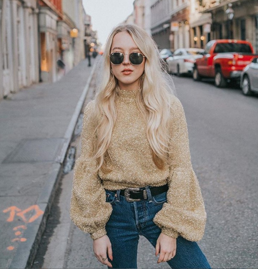 Hi, I'm Deidre! - I currently live in a small town in the Texas Panhandle called Amarillo, although I hope to be moving to a larger city in the near future. As of right now, I am a full time Masters student pursuing an MBA with marketing emphasis. Other than school, I work as a freelance marketer and content creator on Instagram. I design websites, photography, marketing content, and pursue my own personal Instagram along with school. Instagram: @deidrree