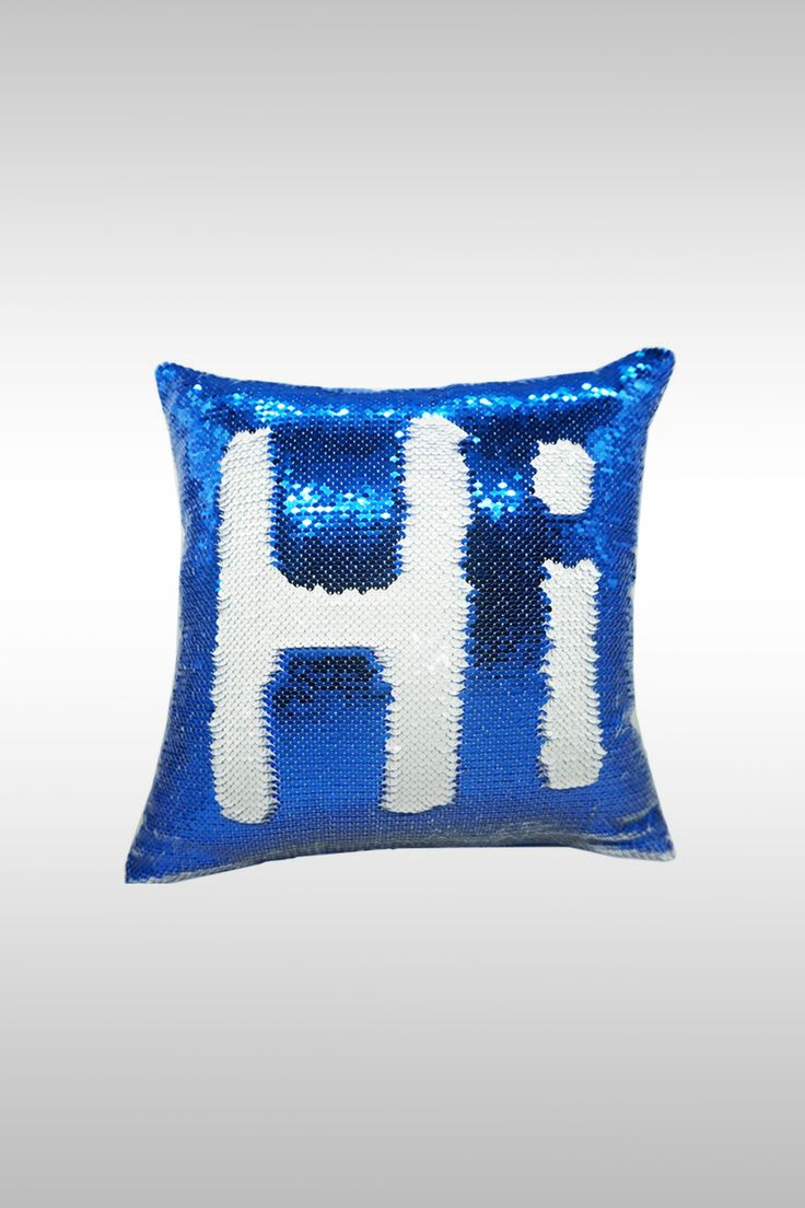 Reversible Sequin Pillowcase - Image Credit: Urskytous