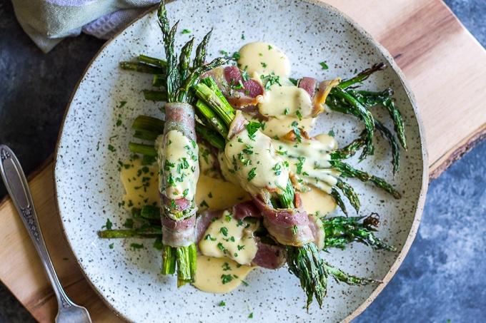 Pancetta wrapped asparagus-www.beyondthebayoublog.com-4