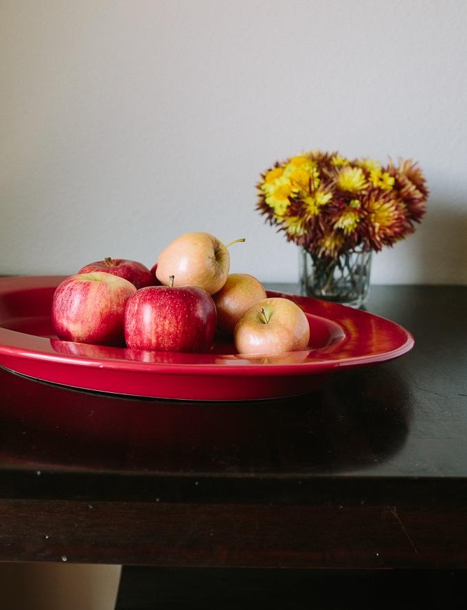Apple Galette recipe-www.beyondthebayoufoodblog.com