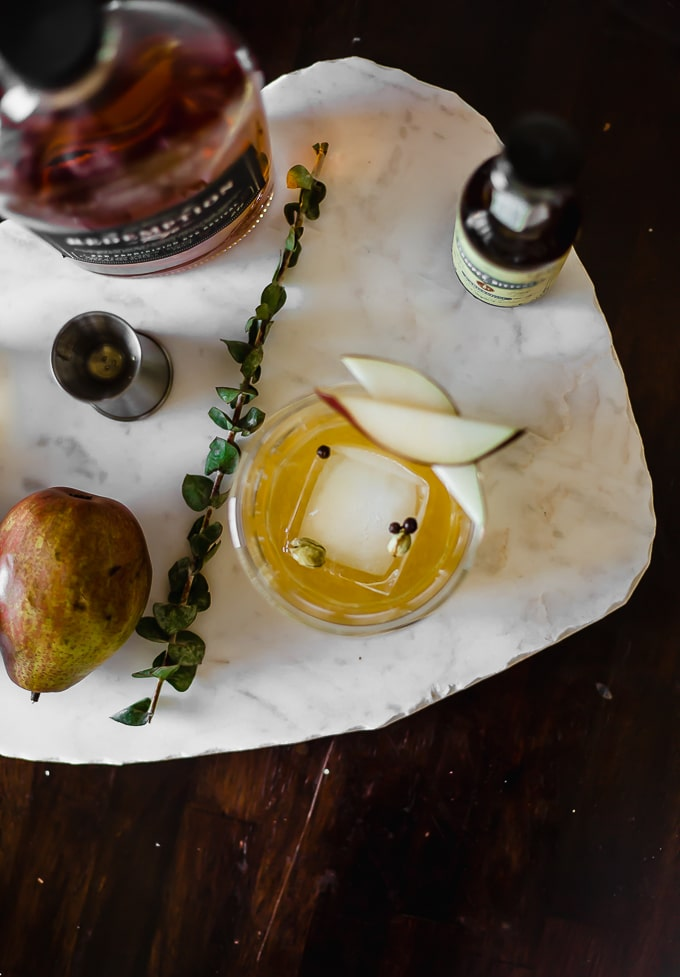 spiced pear old fashioned-www.beyondthebayoublog.com