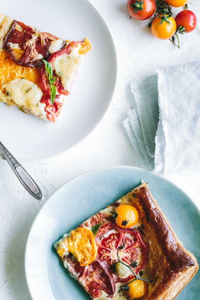 summer tomato tart -beyondthebayoublog