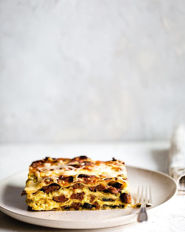 I Love Lasagna!! And if you haven't made a pumpkin béchamel then you are missing out! Spicy Italian sausage, Swiss chard, mozzarella and pumpkin béchamel! . What have y'all been making with pumpkin!? You know we have another month of everything pumpkin at least! . Happy Tuesday! . . . . . . . #lifeandthyme #lasagna #pumpkin #f52grams #lightlovers #bareaders #foodgawker #pasta #feedfeed #livefolk #cookfromscratch #still_life_gallery #thatauthenticfeeling #thatsdarling #onmytable #eeeeeeats #feedfeed @thefeedfeed #thecookfeed #realsimple #gatheredstyle #platedpictures #foodblogfeed #eatheworld #createstyle #iamsomartha #hautecuisine