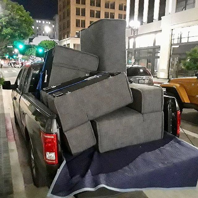 Tetris pro 📦 Always careful, efficient, and affordable. Inquire about availability this weekend - some spots still available!