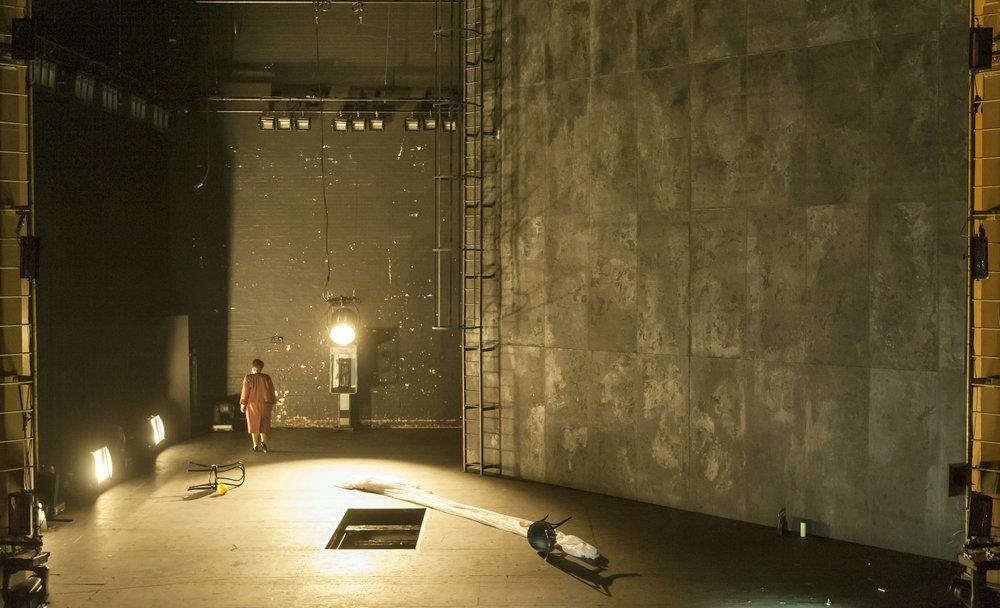 15. 6990 Gundula Hintz as Esther (C) ROH. Photo by Stephen Cummiskey.jpg