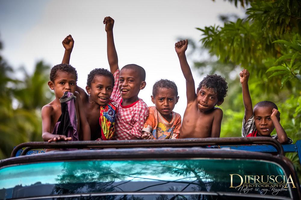 Kids_CheeringDF.jpg