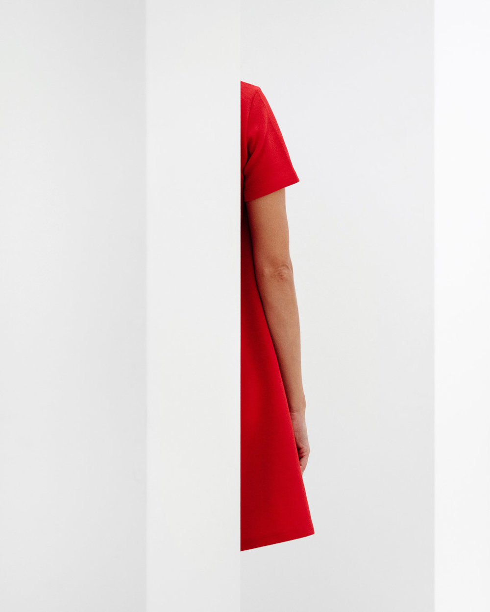 samuel-zeller_red-half-girl-minimalistic_feb-intro_radiant-nyc_web-res.jpg