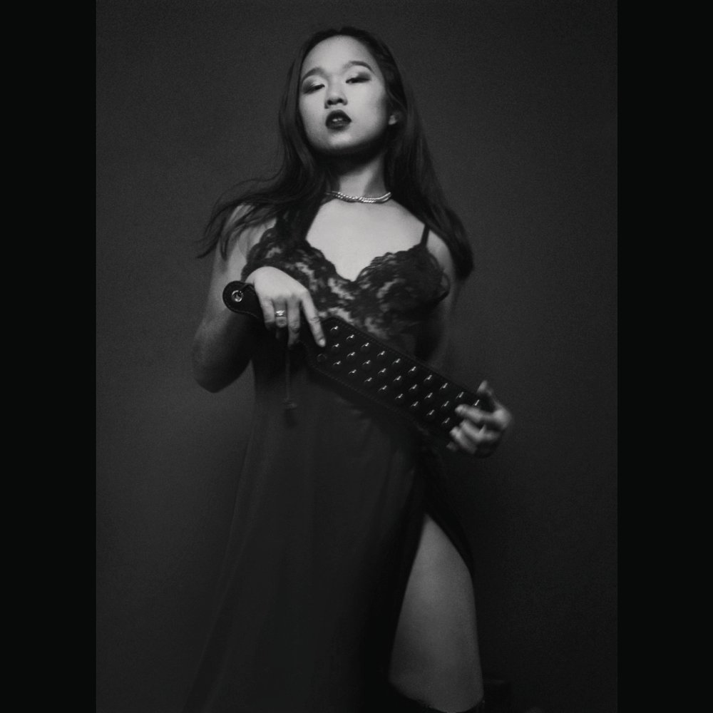 Enter the Dungeon of NYC pro domme Empress Wu