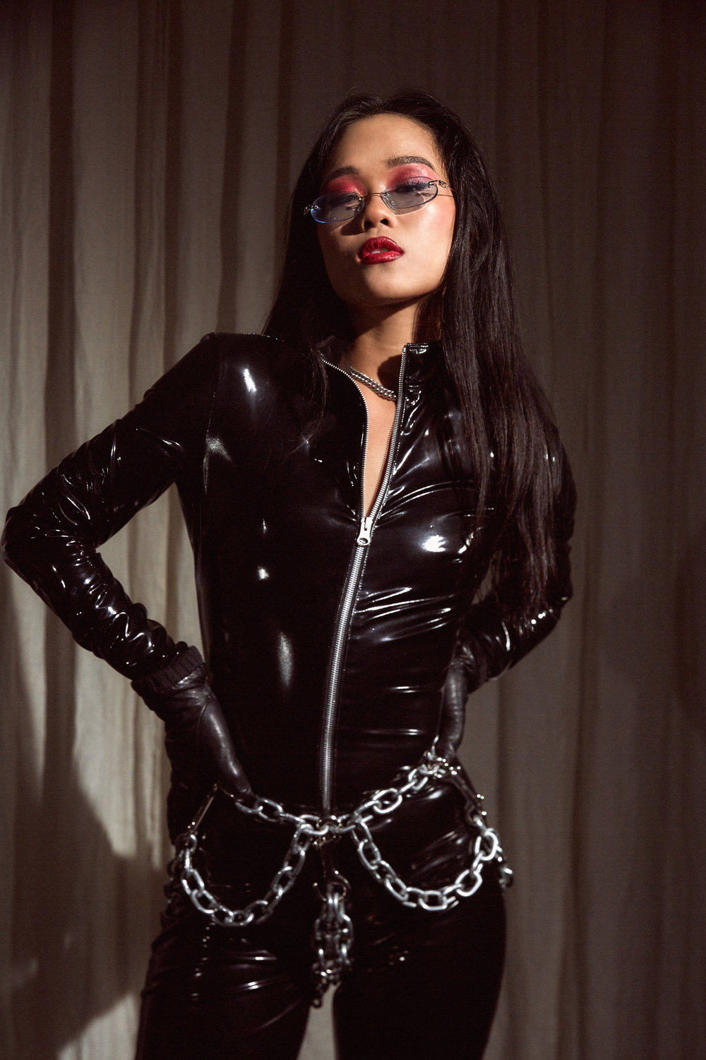 Sensual and hypnotic Dominatrix Empress Wu