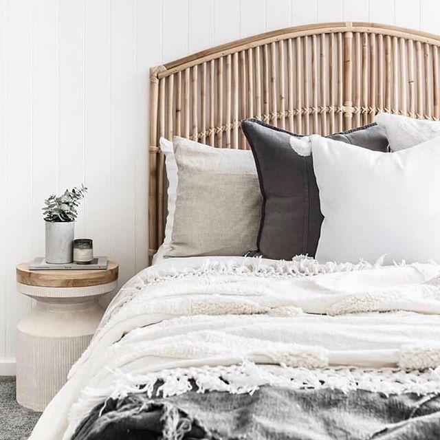 白色灰色卧室2