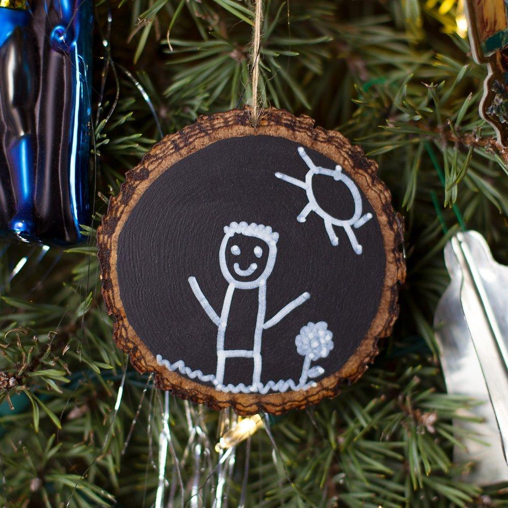Easy Keepsake Chalkboard Ornament