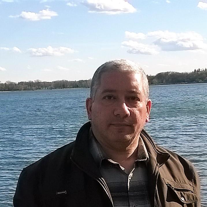 Dr. Azar Maluki