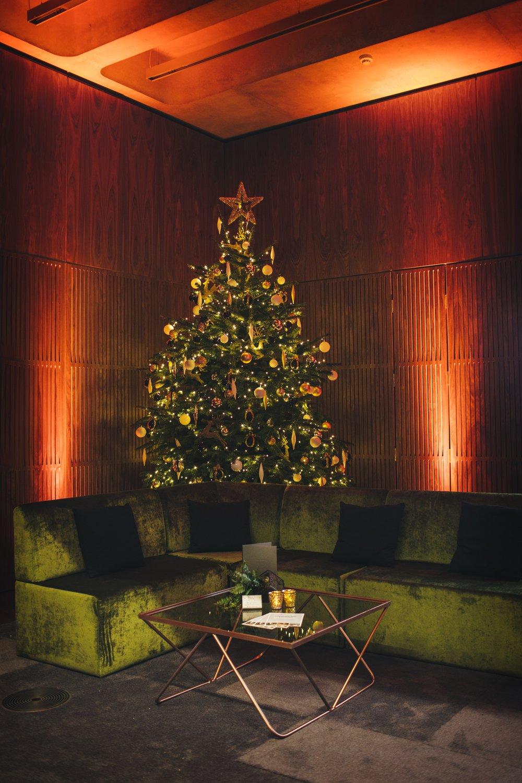 Elizabeth Foyer Christmas Tree