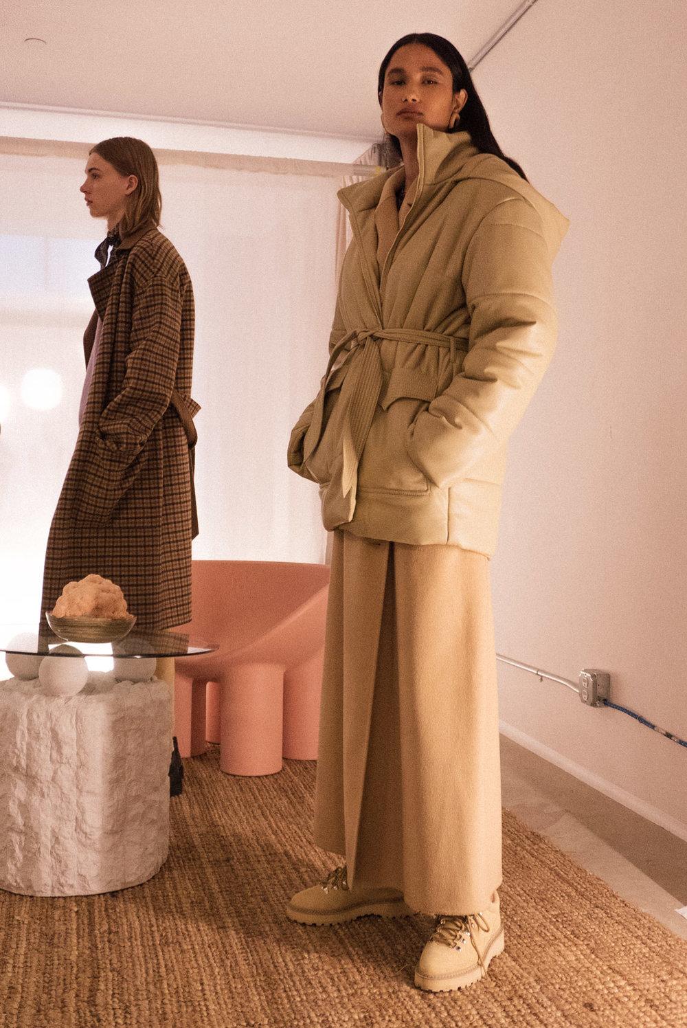 Lenox Hooded Puffer Coat  | €790  Rupi Asymmetrical Frayed-Hem Skirt  | €420  Joan Leather Lace Up Boots  | €370