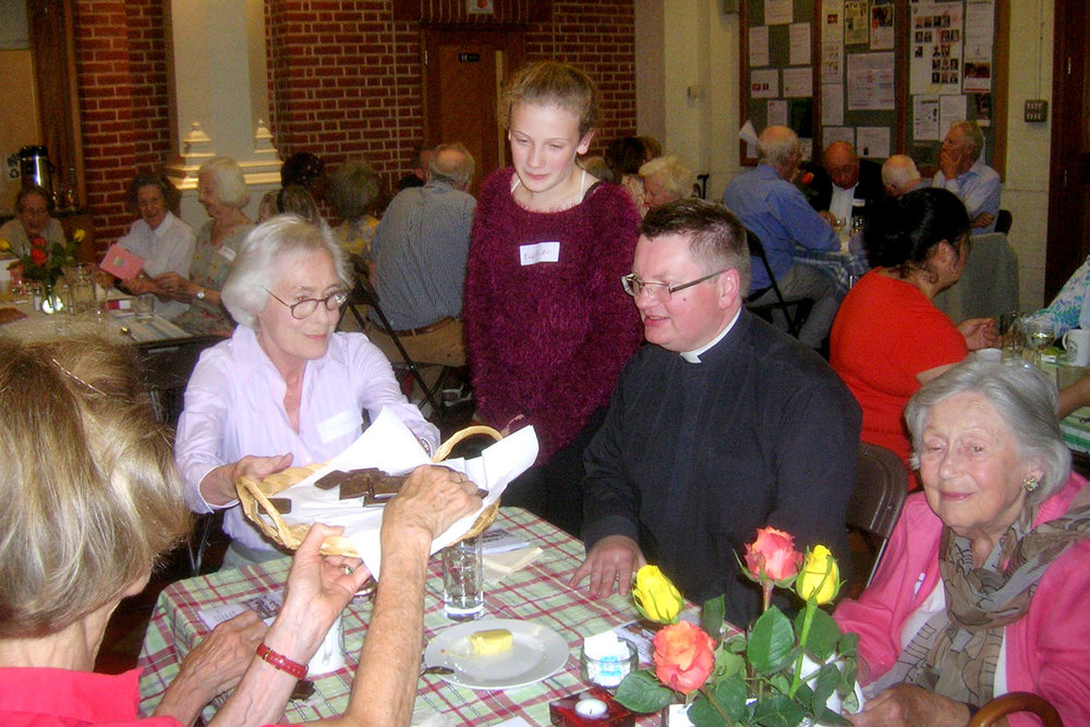 lunch-club-united-benefice-holland-park-church.jpg