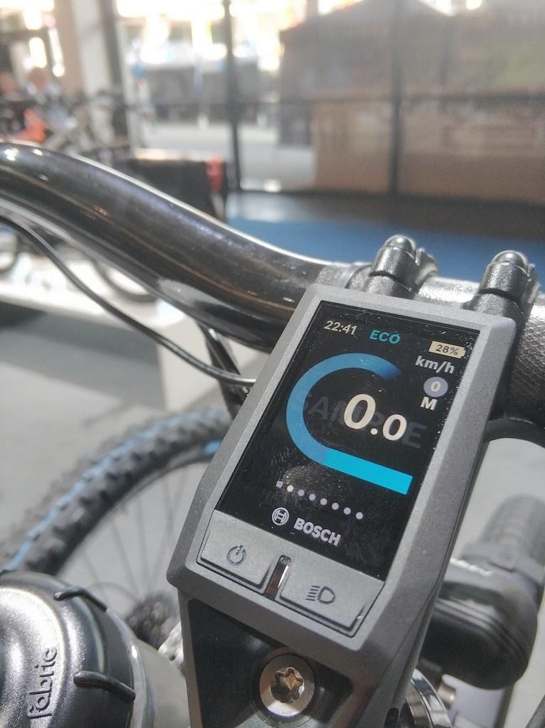 Bosch-KIOX-display-on-RM-e-bike.jpg