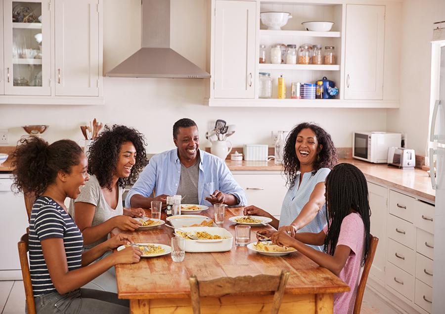 family-meal-time.jpg