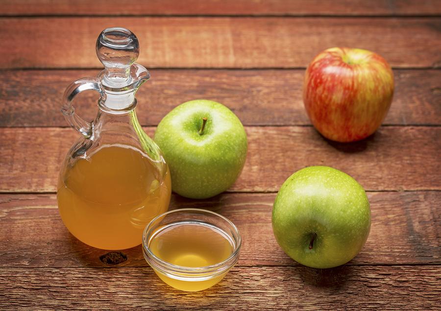 apple-cider-vinegar-acv-raw.jpg