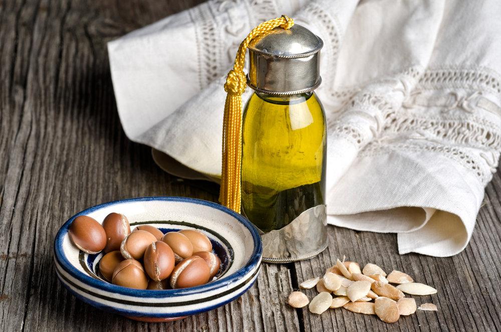 argan-oil-and-fruit.jpg