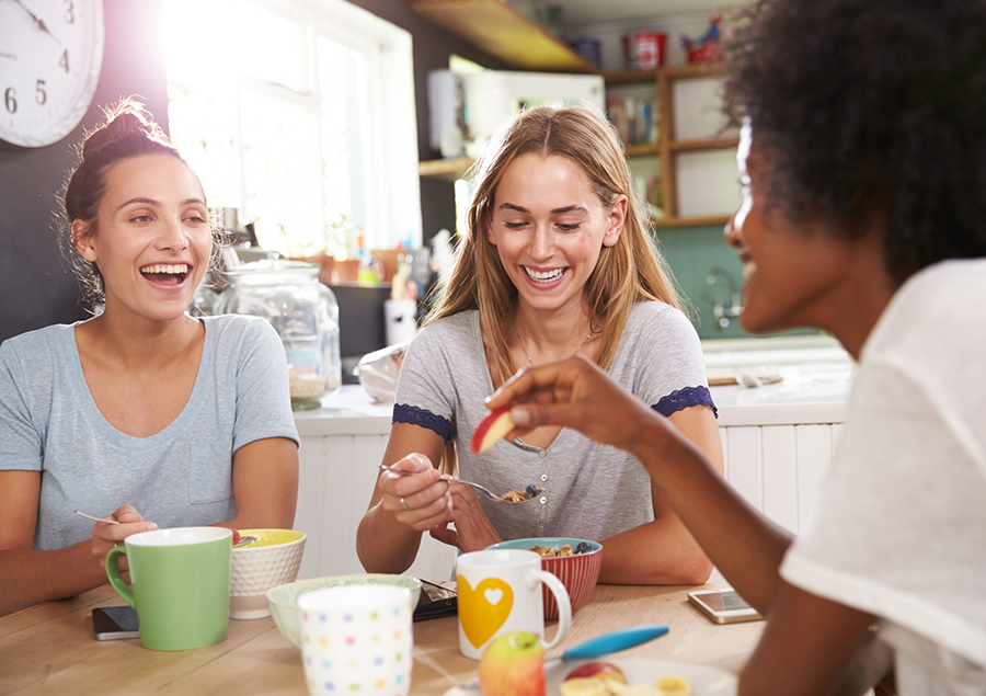 women-eating-breakfast.jpg