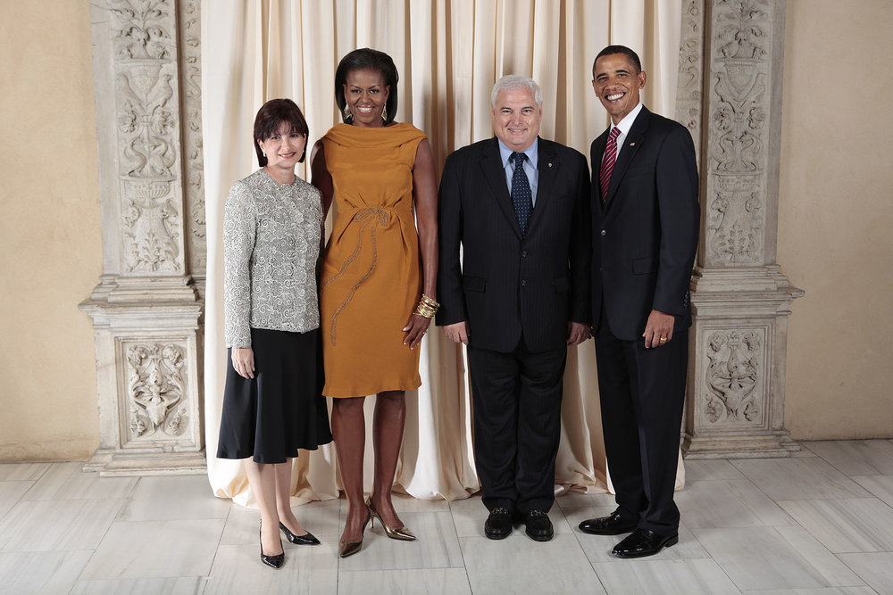 Former-President of Panama Ricardo Martinelli poses with former-President Barack Obama in New York City. (Wikimedia Commons)