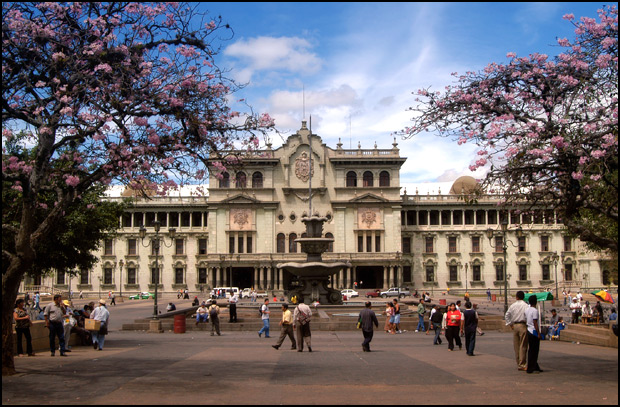 Guatemala_National_Palace_of_Culture.jpg