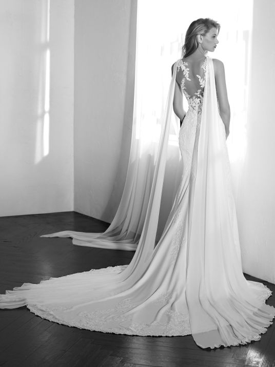 - Bridal Capes – whether it's a full length bridal cape or just a capelet, it's a perfect add on to any gown or a great alternative to a veil. It's also great because it allows two looks for your big day if you decide to remove it half way through. How fun is that?!Size 14