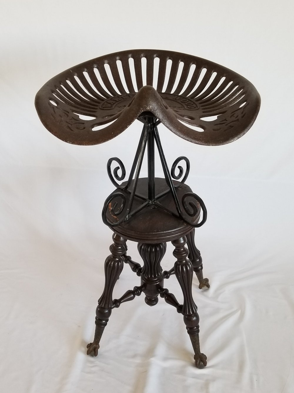 Tractor Seat Barstool V