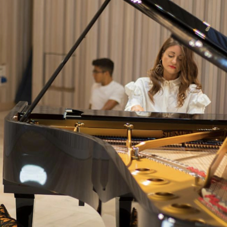 Christina McMaster Pianist