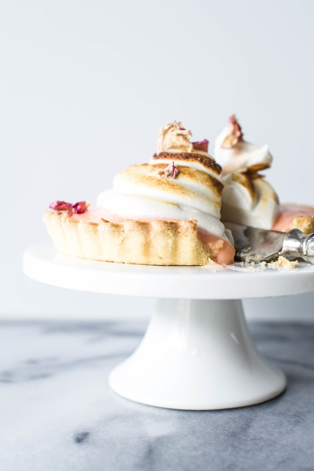 Pink-Pomelo-and-Rose-Tarts-with-Honey-Meringue-9.jpg