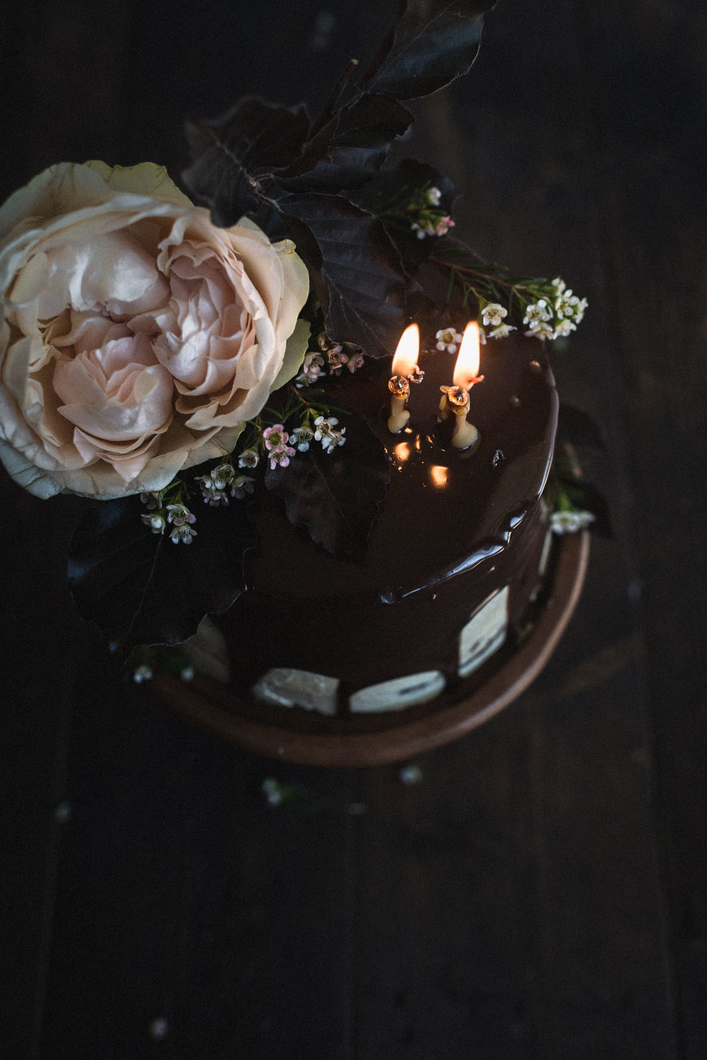 Gingerbread-Whisky-Cake-with-Brown-Sugar-Swiss-Meringue-Buttercream-and-Milk-Chocolate-Ganache-5.jpg