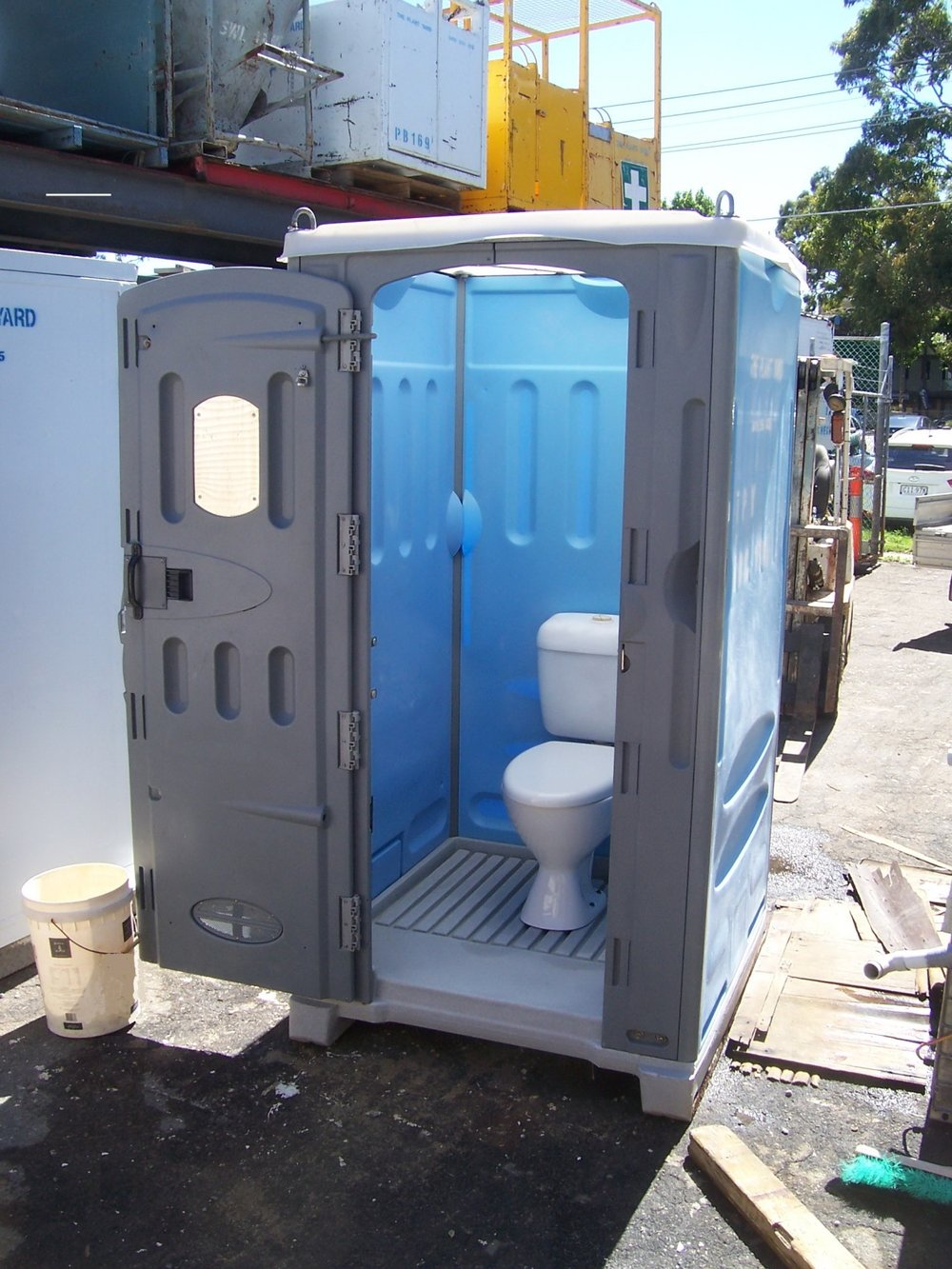 portable toilet hire sydney.jpg
