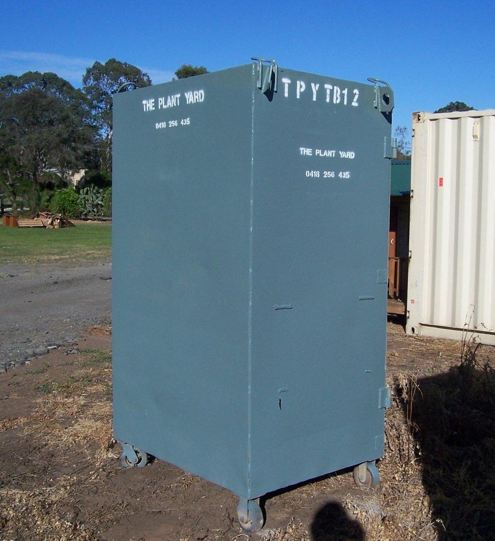 standing tool box hire sydney.JPG