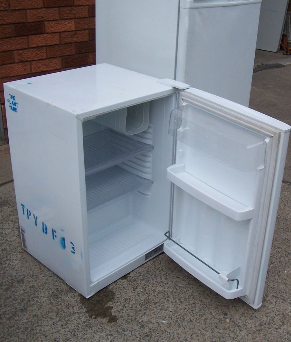 small bar fridge hire sydney.JPG